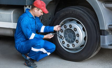 What Size Air Compressor To Fill Truck Tires